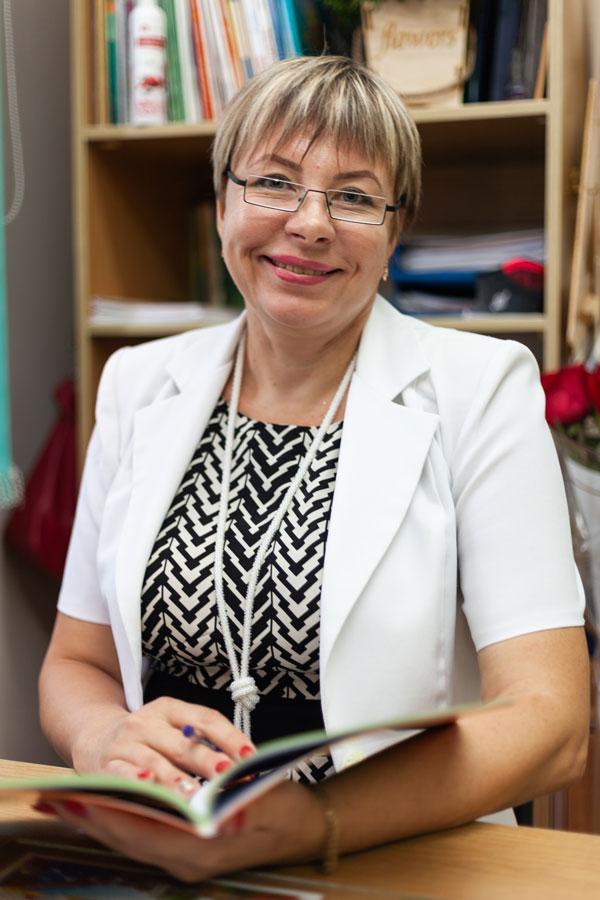 Филимонова  Наталья Алексеевна - Заместитель директора филиала МШЛ «Достар» по воспитательной работе, учитель начальных классов.